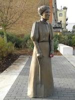 Ada Salter statue
