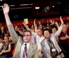 Voting hands LP conf